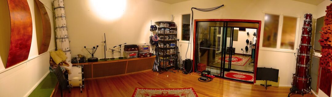 Toyland Live Room