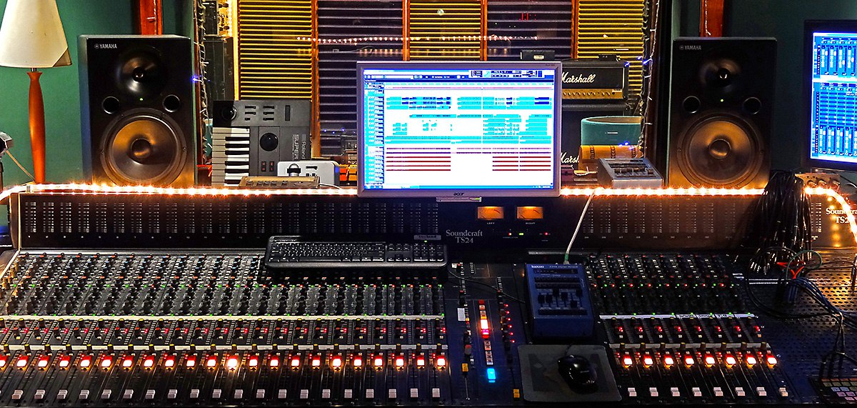 Toyland Recording Studio Desk
